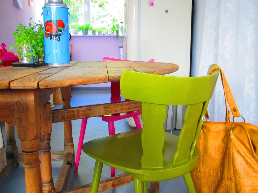 Green chair / Groene stoel // VAN BRITT