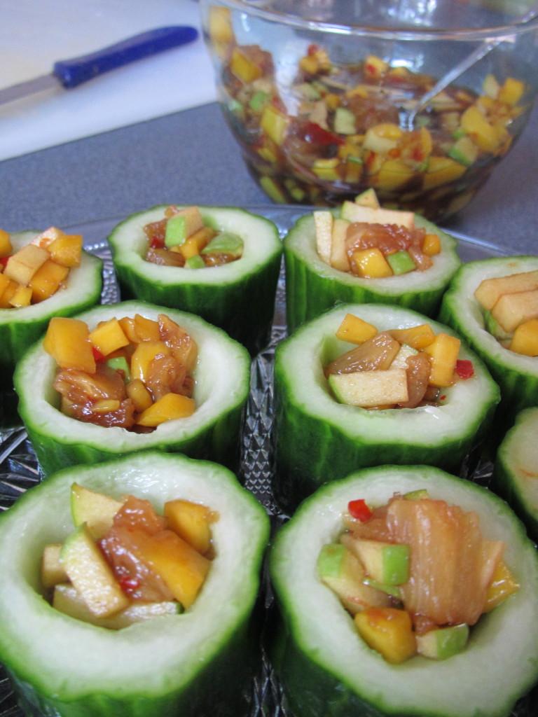 Rujak in komkommer