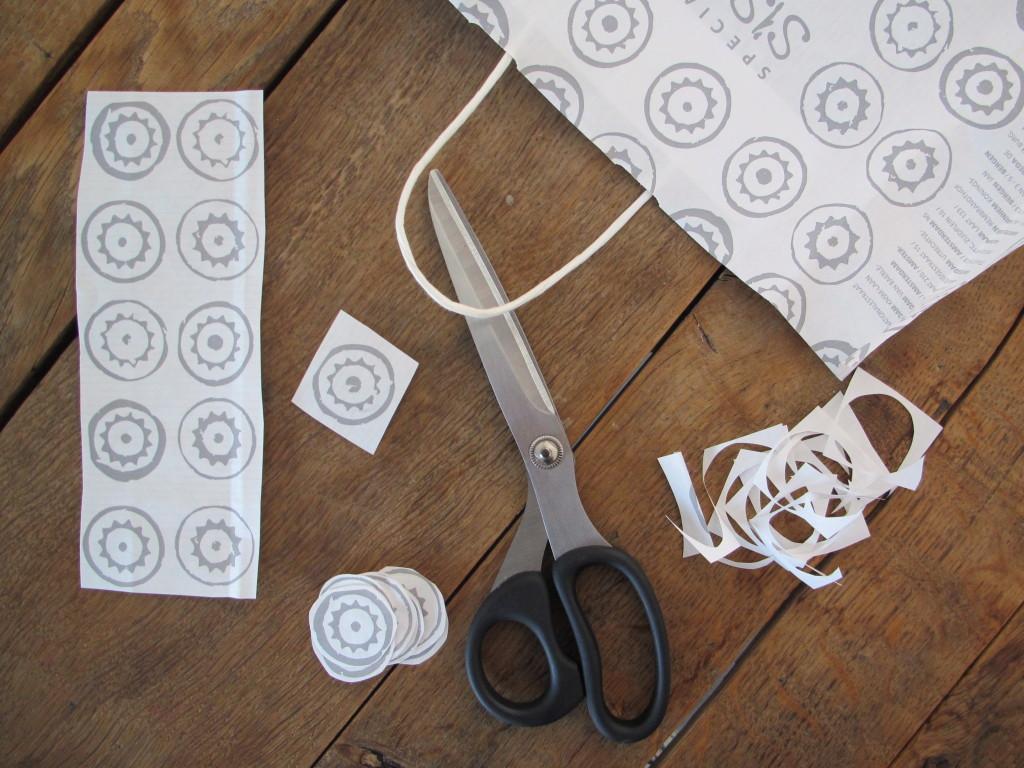 zelfgemaakte papieren slinger