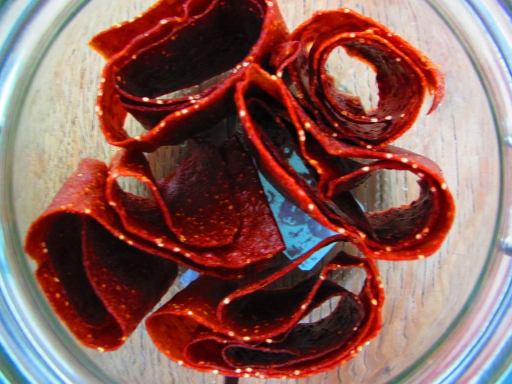 Strawberry leather (aardbeien leer)