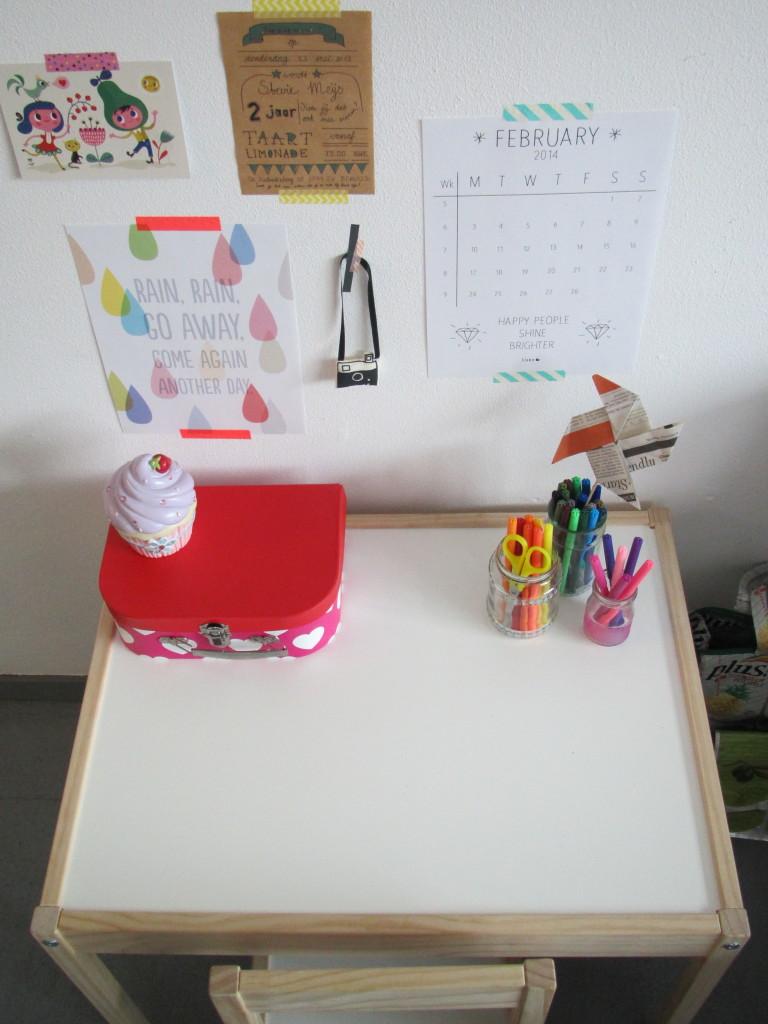 Little desk / Klein bureautje // VAN BRITT