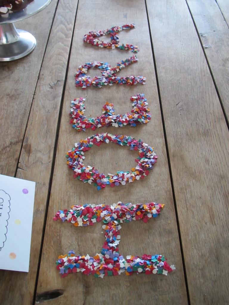 Letters made with confetti / Letters gemaakt van confetti // VAN BRITT