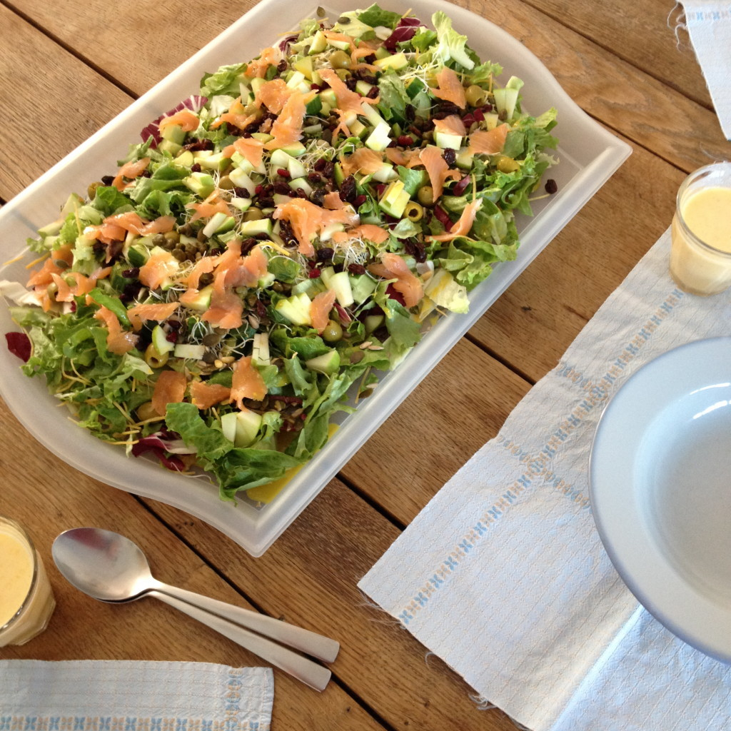 Salad with salmon / Salade met zalm// VAN BRITT