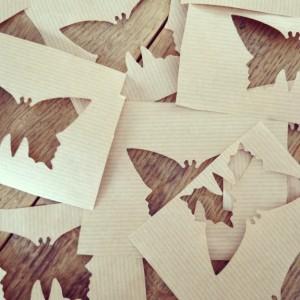 Butterflies out of paper / Papieren vlinders maken met een pons // VAN BRITT
