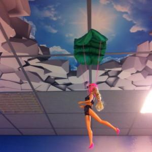 Barbie on a parachute / Barbie aan een parachute // VAN BRITT