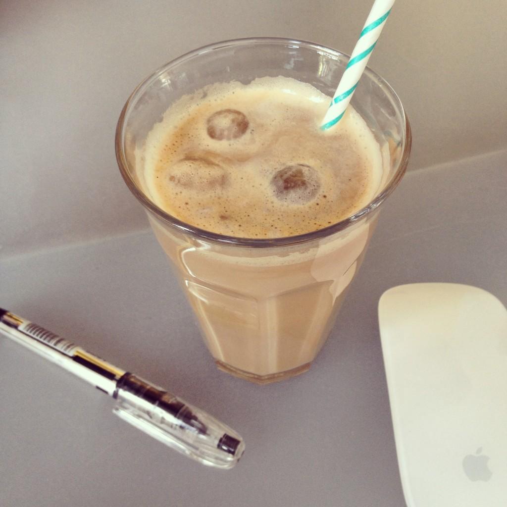 Iced coffee / Ijskoffie // VAN BRITT