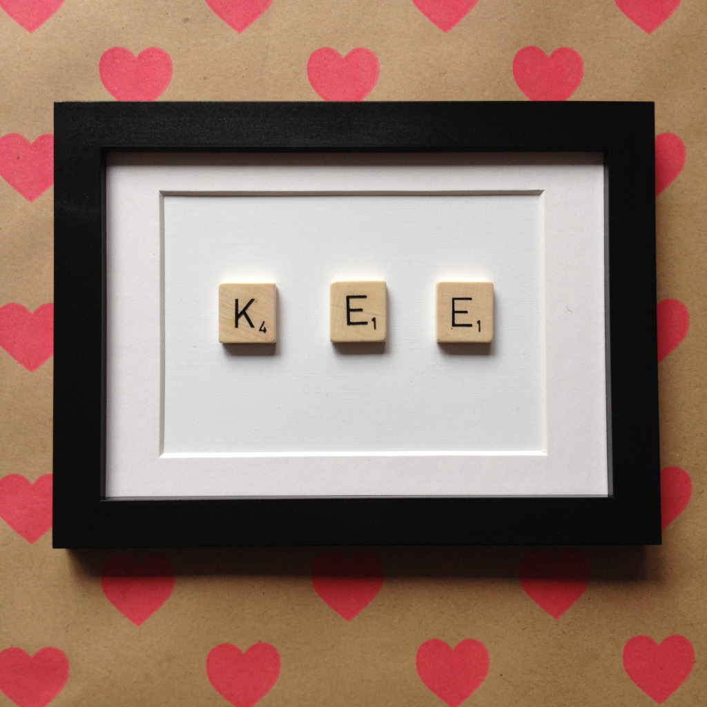 Crafting with Scrabble letters, gift for newborn / Knustelen met Scrabble letters, kraamcadeautje // VAN BRITT