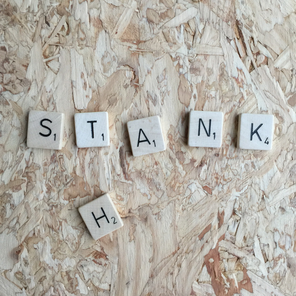 Stank, Scrabble letters // VAN BRITT