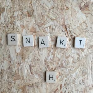 Snakt, Scrabble letters // VAN BRITT