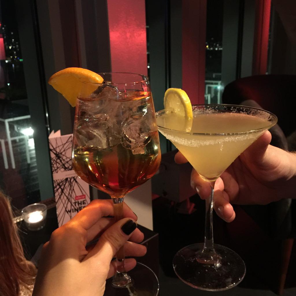 Cocktails at nhow Rotterdam // foto: VAN BRITT
