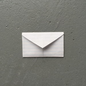 Folding an envelope, Valentiine's day, heart shaped / Een enveloppe vouwen, hartje, Valentijnsdag // VAN BRITT