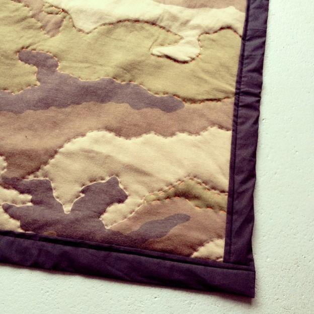 Camouflage blanket for kids, handmade / Camouflage speelkleed, handgemaakt, diy // VAN BRITT