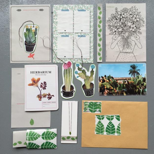 Mail on Monday # 34, postcrossing, crafts, stationary // VAN BRITT