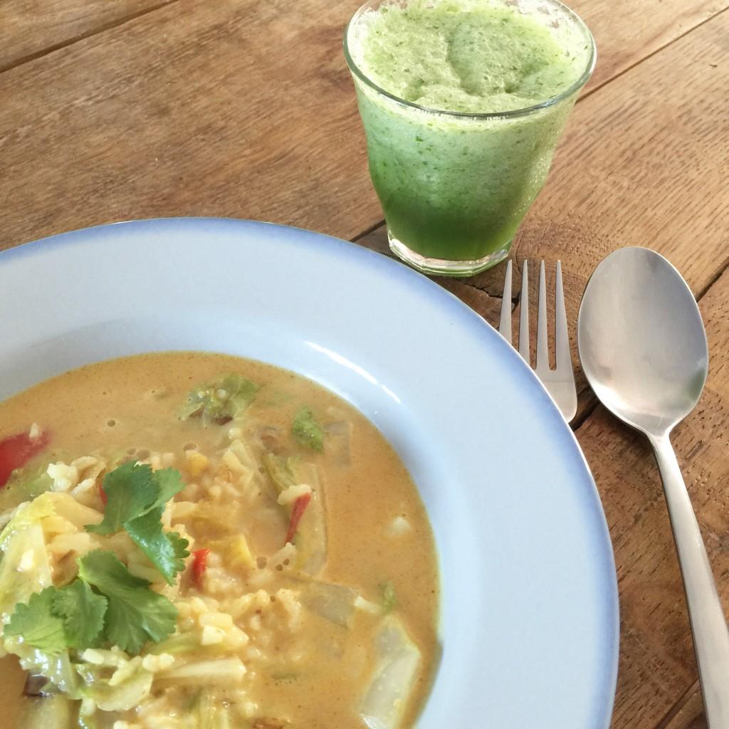 Peanut soup and cucumber drink / Pindasoep en komkommerdrank // VAN BRITT