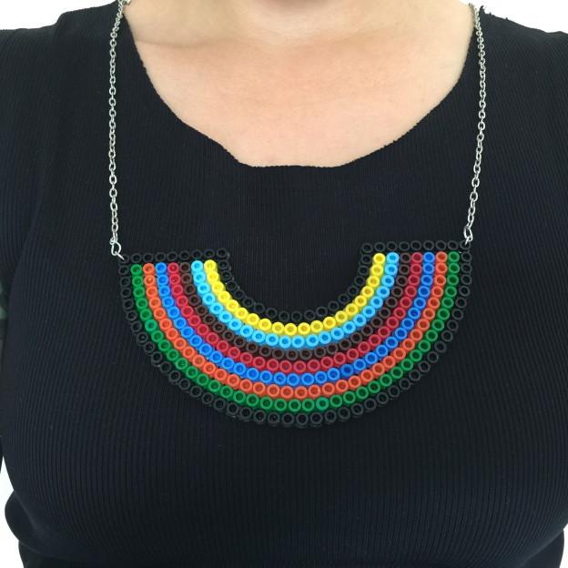 HAMA beads necklace / strijkkralen ketting // Britt Meijs voor Moodkids, VAN BRITT