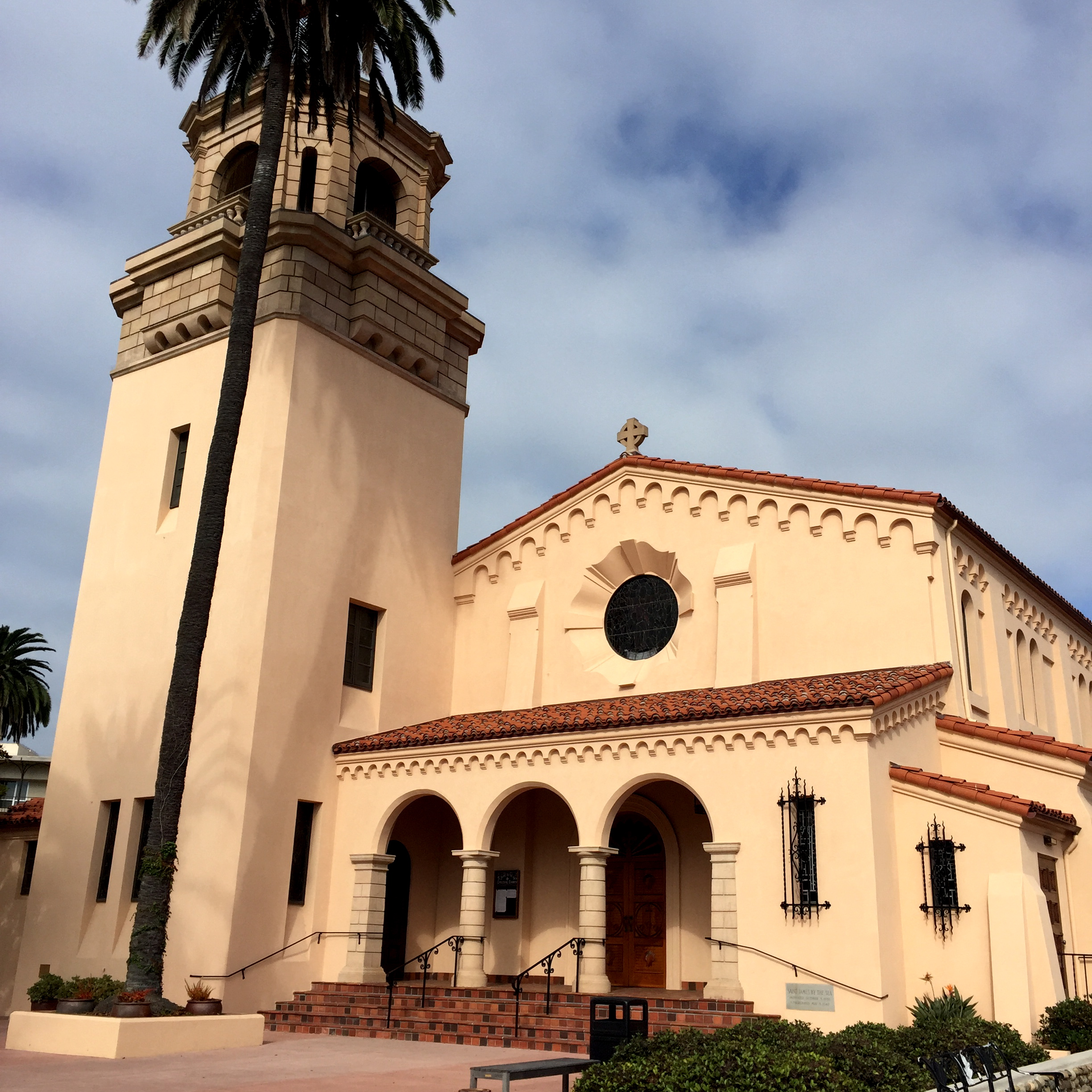 St. James by-the-Sea Episcopal Church, La Jolla, California // photo: VAN BRITT