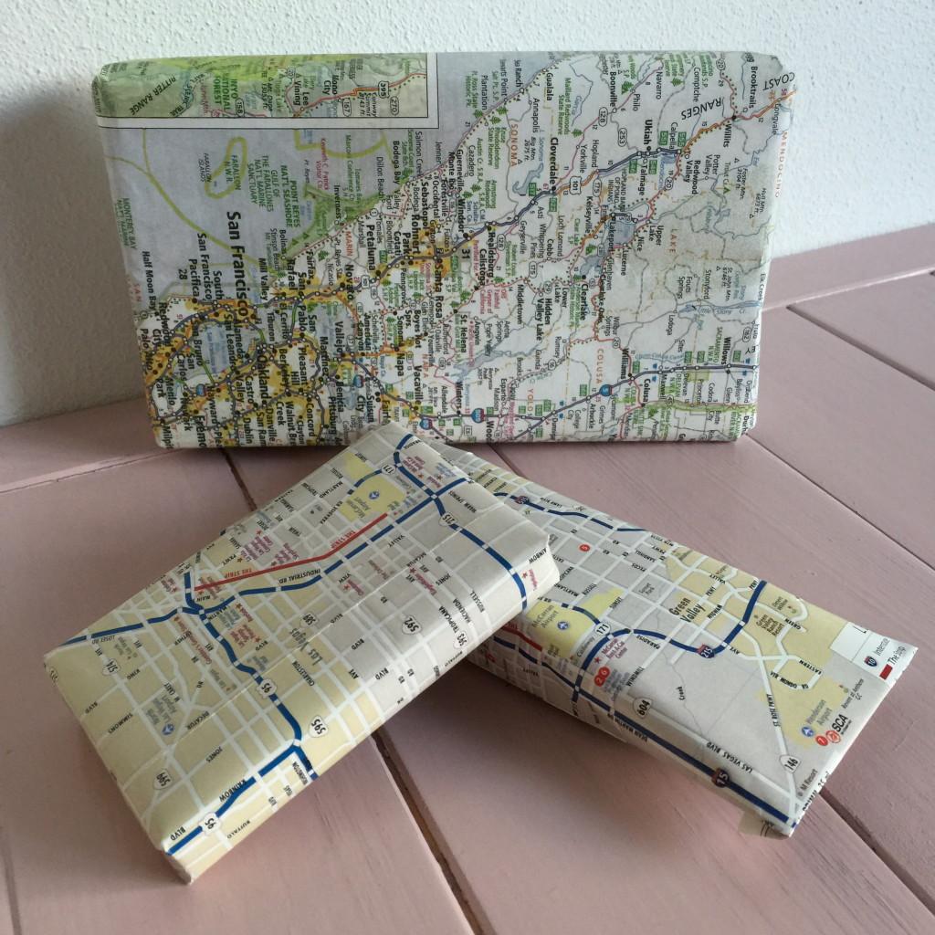 Road map gift wrapping / Inpakken met landkaarten // VAN BRITT